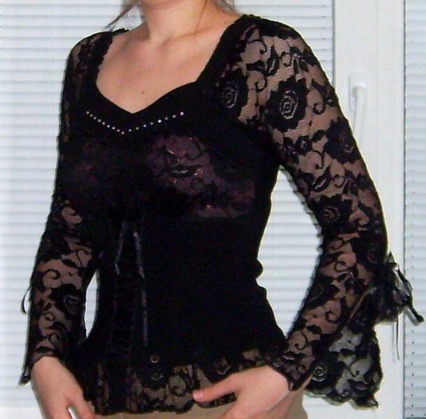 Выкройки блузок позволяют пошить блузку собственными руками.