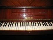 Продам коричневое фортепиано Petrof