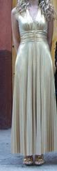продам красивое вечернее платье б/у в хрошем состоянии