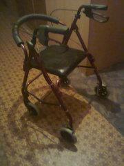 Новая универсальная сверхлегкая кресло-каталка.