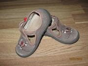 Обувь 27р.на мальчика(стелька 14см)
