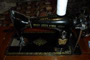 Раритетную швейную машинку 50-х годов!