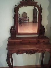 антикварное туалетное зеркало