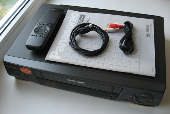 Продам: Видеомагнитофон Panasonic NV-SD225