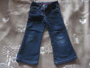 очень классные джинсы denim & co на 3-4 года.