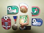 Продам коллекцию значков о футболе времен СССР.