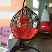 подвесные кресла-качели из ротанга