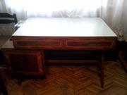 Продам письменный стол б/у в хорошем состоянии