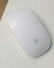 Компьютерную мышь Apple Magic Mouse