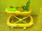 Продам детские ходунки.На колесиках.