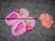 супер классные теплые тапочки с принцессами disney на 5-6 лет