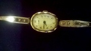 Продам наручные женские часы Луч