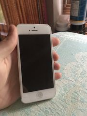 Продам iPhone 5 16gb Neverlock