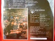 фотография и грампластинка автографом Виктора Цоя