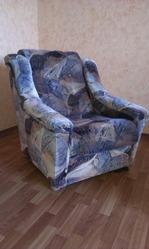 Продам 2 мягких кресла б/у самовывоз