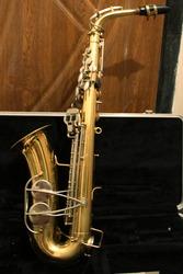 Продам саксофон альт Selmer Bundy USA