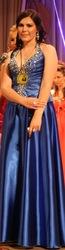 Платье вечернее синего цвета вышито камнями сваровски.