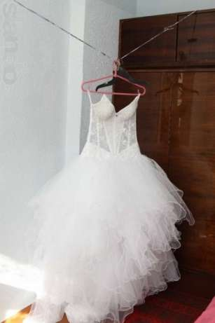 Свадебные Платья С Усыпанным Камнями Корсетом