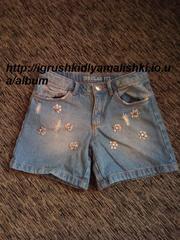 нереальной красоты джинсовые шортики zara с камнями на 5-6 лет