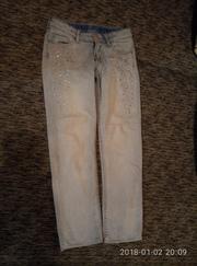 супер красивые джинсы h&m с камнями на 7-8 лет