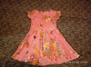 очень красивое легкое платье next на 6 лет,  можно больше