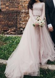 Дизайнерское свадебное платье с отстёгивающимся шлейфом