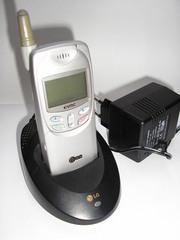 Продам антикварный мобильный СДМА телефон в хор.состоянии ,  рабочий.
